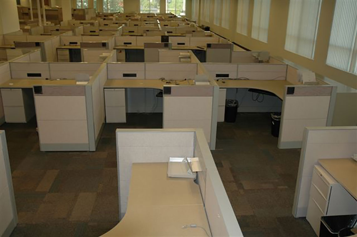 Pre-owned office furniture - 6x6 Teknion Leverage